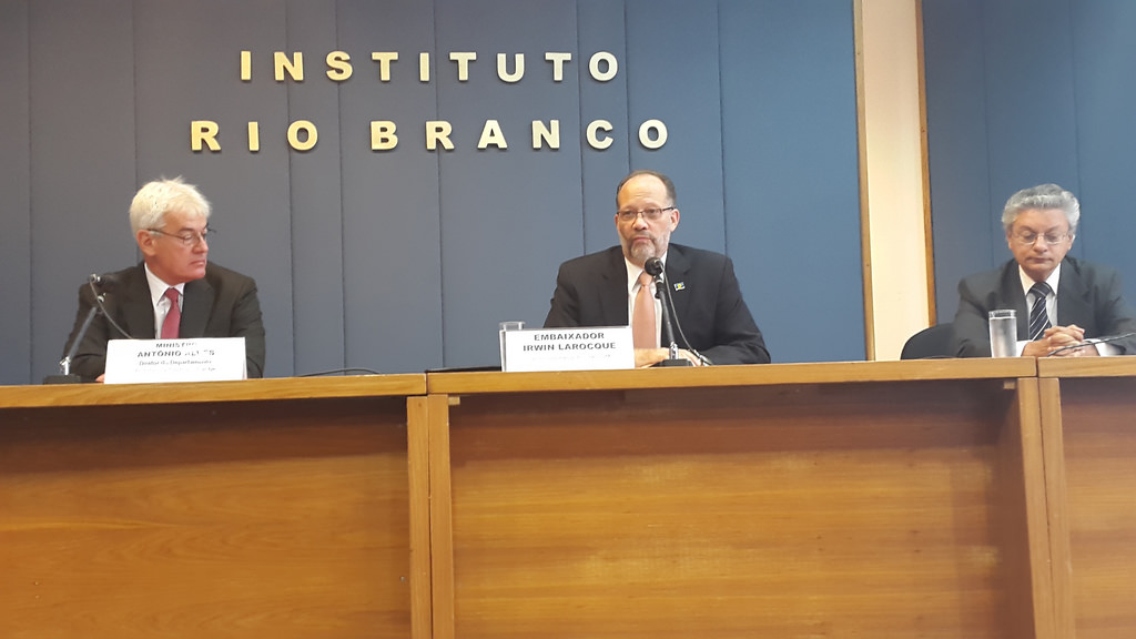 CARICOM SG's official visit to Brazil, 26 October 2015 - Ambassador Irwin Larocque at Dialogue with Heads and Students at Rio Branco Diplomatic Institute