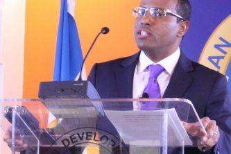 CDB urges Regional governments to DECIDE