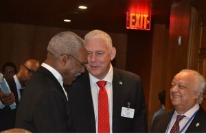 President David Granger, Saint Lucia's Prime Minister, Mr. Allen Chastanet and veteran Guyanese diplomat, Sir Shridath Ramphal sharing a light moment. (Photo via Ministry of the Presidency)
