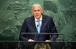 Prime Minister Allen Michael Chastanet of Saint Lucia addresses the general debate of the General Assembly's seventy-first session. UN Photo/Cia Pak