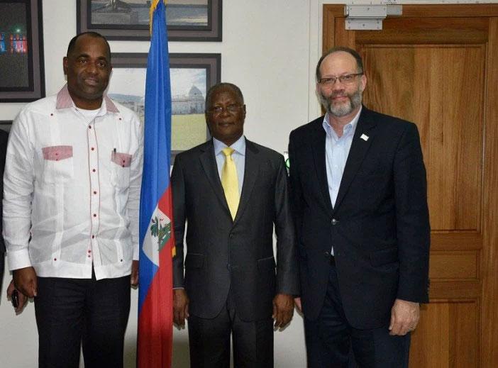 (l-r) CARICOM Chairman, Prime Minister of Dominica, Hon. Roosevelt Skerrit; Haiti's interim President Jocelerme Privert; CARICOM Secretary-General Ambassador Irwin LaRocque in Haiti.