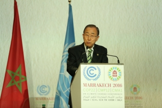 UN Secretary General Ban Ki Moon  hails 'new dawn of cooperation on climate change,' urges action on Paris accord