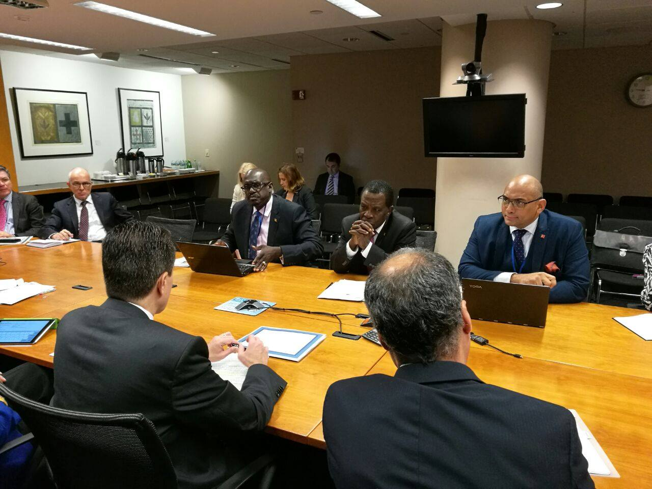Prime Minster Keith Mitchell at a meeting with World Bank team members responsible for the Caribbean