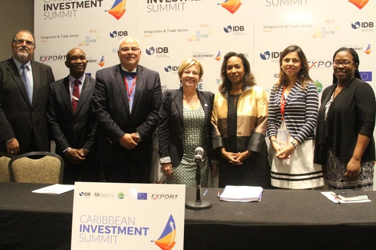 pictured from left:  Mr. Jose Matto, Hemispheric Congress/Executive Director, Latin Chamber of Commerce of USA Mr. McHale Andrew, President, CAIPA Mr. Mario Umana, Lead Specialist, Integration and Trade Sector, IDB Ms. Mercy Saladriga, Vice President
