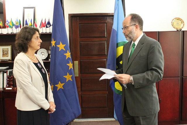 ICOM Secretary-General, Ambassador Irwin LaRocque accepts the new EU Ambassador's Letter of Credence CARICOM Secretary-General delivers brief remarks as the new EU Ambassador listens