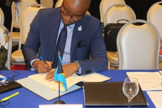 The Bahamas signs CARICOM Arrest Warrant Treaty
