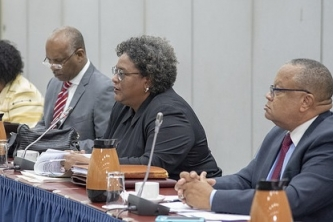 Barbados PM leads talks with CARICOM Secretariat on CSME