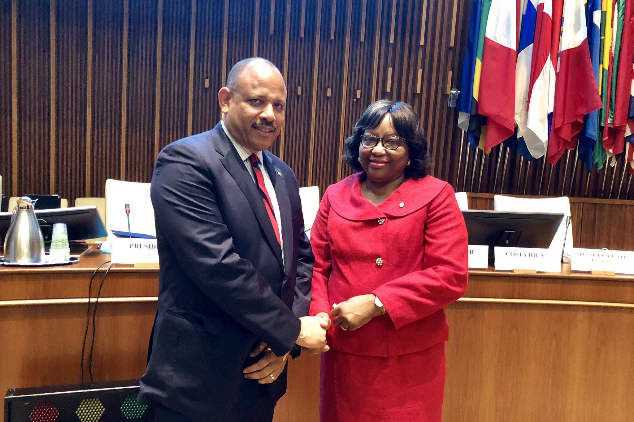 Dr Carissa Itienne and Bahamas Health Minister Duane Ermest Lascelles Sands