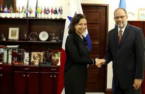Her Excellency Soraya Cano Franco, Panama's Ambassador to CARICOM(l) and CARICOM Secretary-General Ambassador Irwin LaRocque