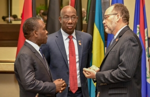 (l-r) Dr Keith Mitchell; Dr Keith Rowley; Ambassador Irwin LaRocque