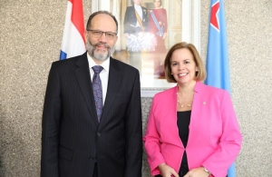 Secretary-General Ambassador Irwin LaRocque and Prime Minister Evelyn Wever-Croes