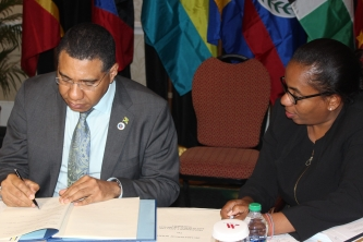 Jamaica and Trinidad and Tobago sign CARICOM Multilateral Air Services Agreement