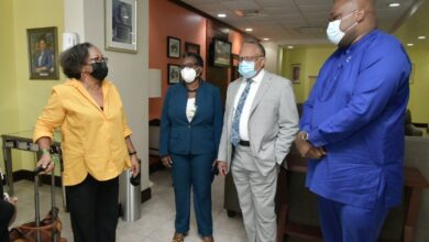 Photo of CARICOM Secretary-General arrives in Barbados for UNCTAD XV