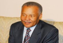 Photo of Statement by the CARICOM Secretary-General on the passing of former Barbados Prime Minister Owen Arthur