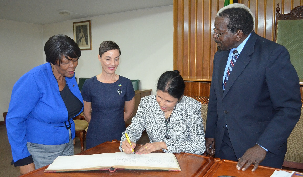 Photo of Jamaican Officials Engaged On CARICOM Results-Based Management System