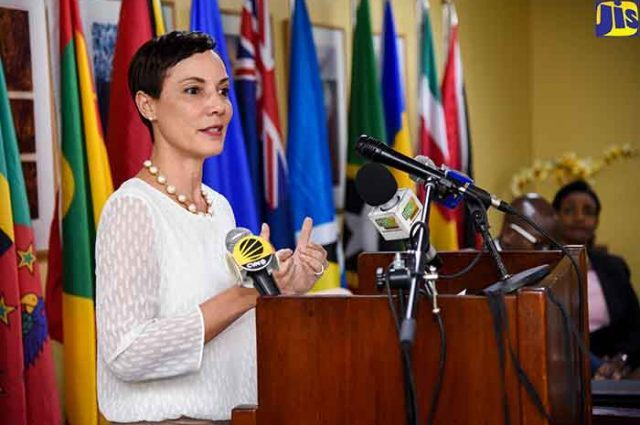Photo of Two Hundred Foreign Officials for CARICOM Meeting: All Heads of Government Confirmed