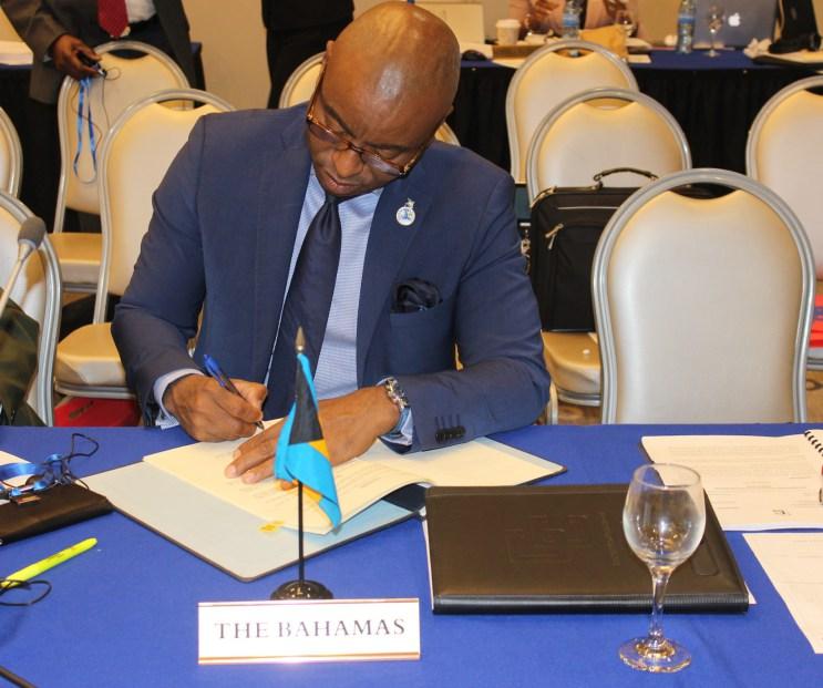 Photo of The Bahamas signs CARICOM Arrest Warrant Treaty